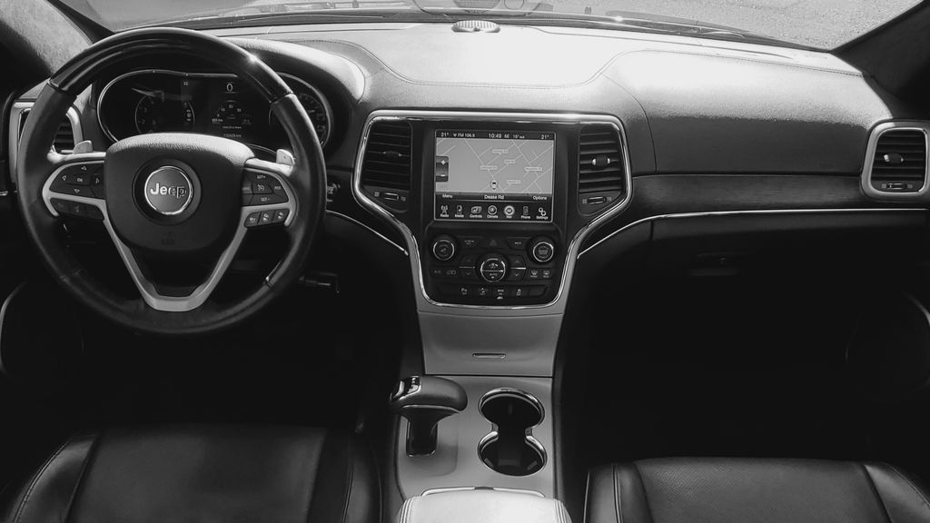 Black[Brilliant Black Crystal Pearl] 2015 Jeep Grand Cherokee Summit Diesel Main Interior Photo in Kelowna BC