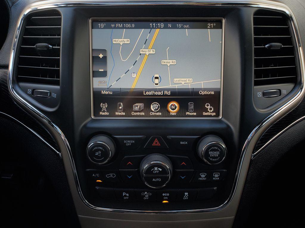 Black[Brilliant Black Crystal Pearl] 2015 Jeep Grand Cherokee Summit Diesel Central Dash Options Photo in Kelowna BC