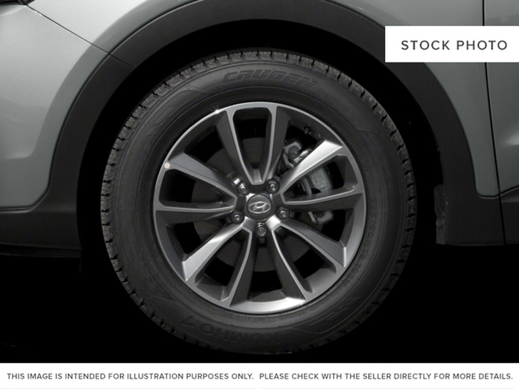 White[Monaco White] 2017 Hyundai Santa Fe XL Left Front Rim and Tire Photo in Kelowna BC