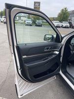 White[White Platinum Metallic Tri-Coat] 2017 Ford Explorer clean Left Rear Corner Photo in Brampton ON