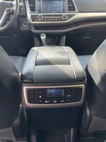 White[Blizzard Pearl] 2017 Toyota Highlander clean Right Rear Interior Door Panel Photo in Brampton ON