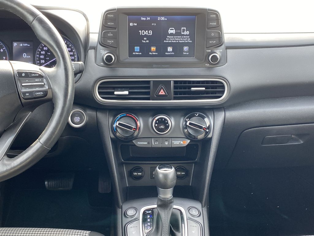 Red[Pulse Red w/Black Roof] 2018 Hyundai Kona Central Dash Options Photo in Edmonton AB