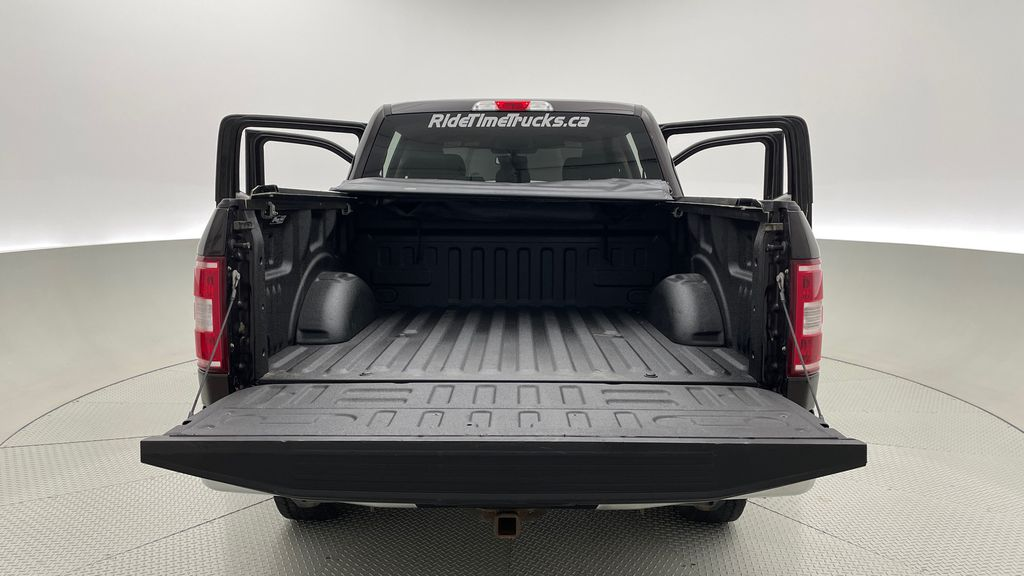 Red[Magma] 2018 Ford F-150 XLT 4WD - 3.5L EcoBoost, SupreCrew, Running Boards Box / Cargo Area Photo in Winnipeg MB