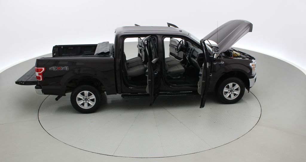 Red[Magma] 2018 Ford F-150 XLT 4WD - 3.5L EcoBoost, SupreCrew, Running Boards Right Side Photo in Winnipeg MB
