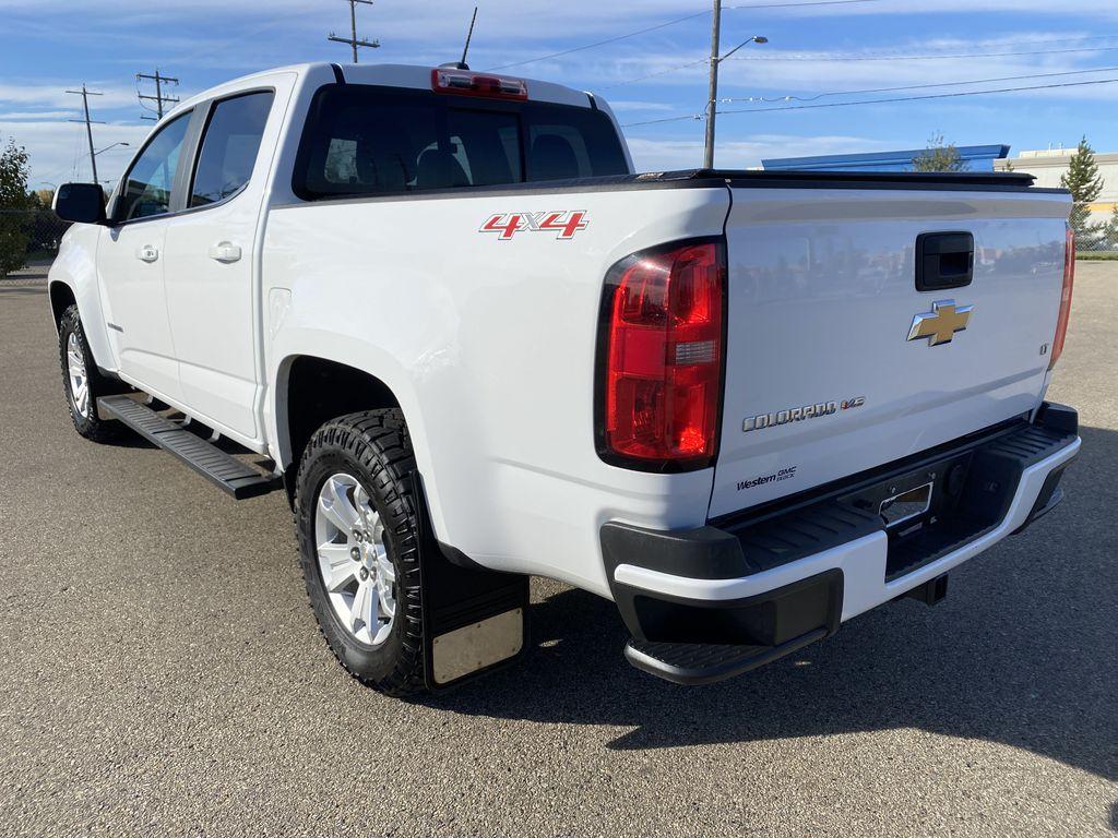 White[Summit White] 2017 Chevrolet Colorado Left Rear Corner Photo in Edmonton AB