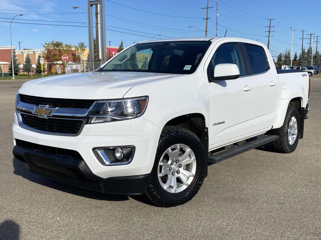 White[Summit White] 2017 Chevrolet Colorado Left Front Corner Photo in Edmonton AB