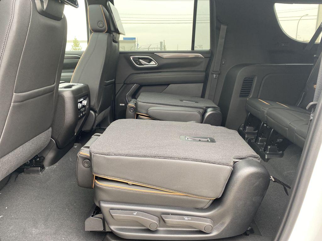White[White Frost Tricoat] 2021 GMC Yukon XL Rear Seat: Cargo/Storage Photo in Edmonton AB