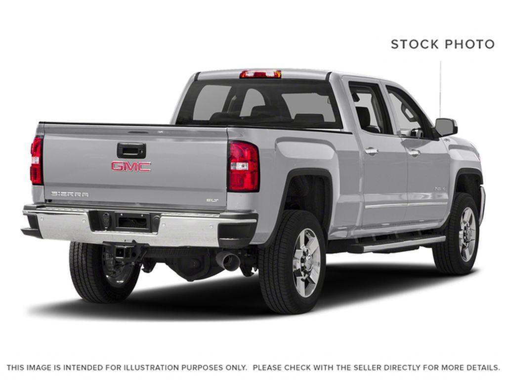 Silver[Quicksilver Metallic] 2018 GMC Sierra 2500HD Right Rear Corner Photo in Fort Macleod AB