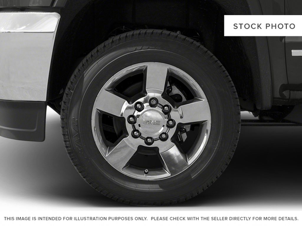 Silver[Quicksilver Metallic] 2018 GMC Sierra 2500HD Left Front Rim and Tire Photo in Fort Macleod AB