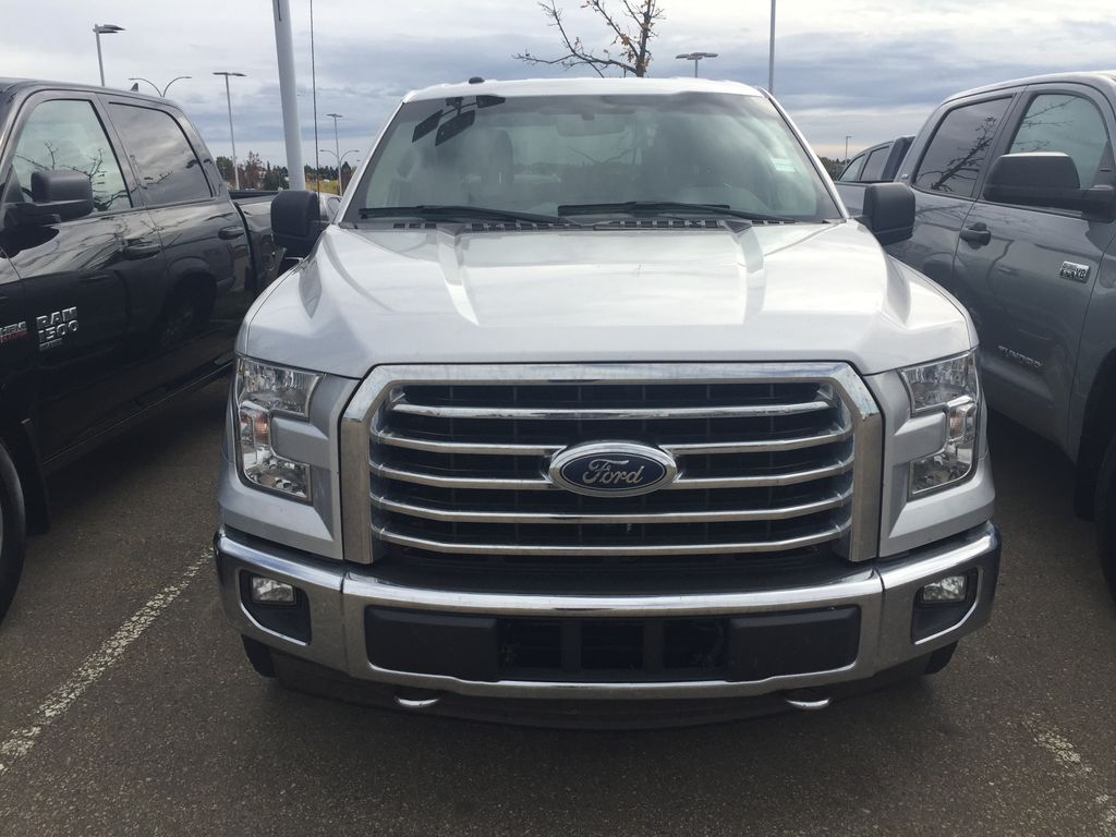 Silver[Ingot Silver Metallic] 2017 Ford F-150 CREW CAB XLT 3.5L ECOBOOST Left Side Photo in Sherwood Park AB