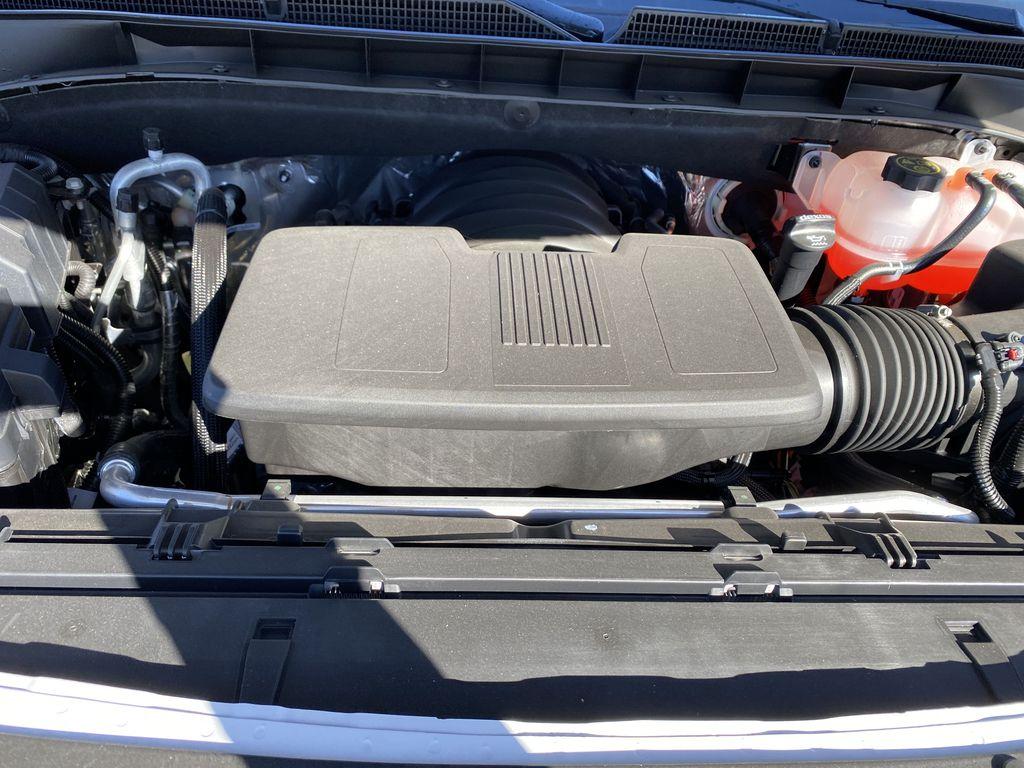 White[Summit White] 2021 GMC Yukon XL Engine Compartment Photo in Edmonton AB