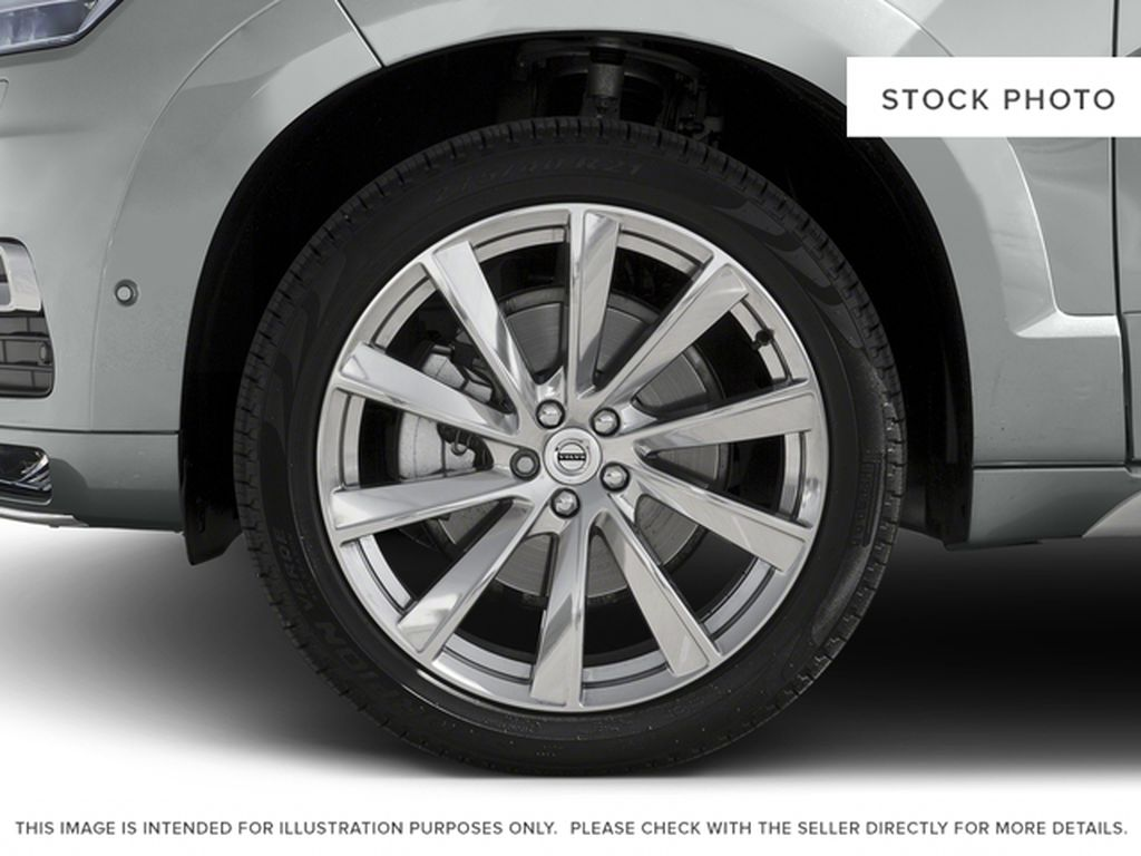 2016 Volvo XC90 Left Front Rim and Tire Photo in Barrhead AB