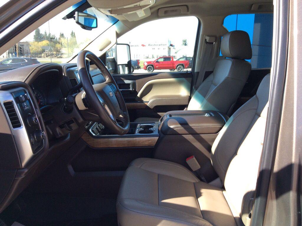 Grey 2015 Chevrolet Silverado 1500 Left Rear Corner Photo in Westlock AB