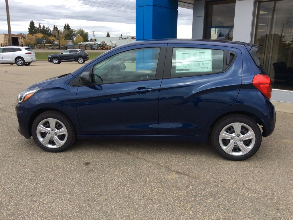 Blue 2022 Chevrolet Spark Left Front Rim and Tire Photo in Westlock AB