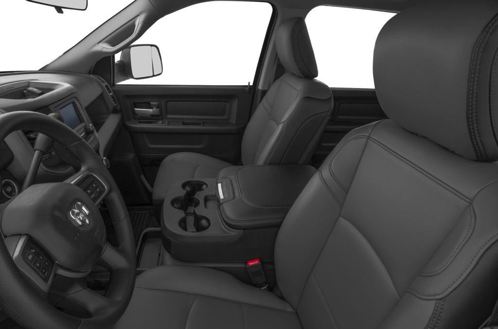 White[Bright White] 2019 Ram 2500 Left Front Interior Photo in Fort Macleod AB