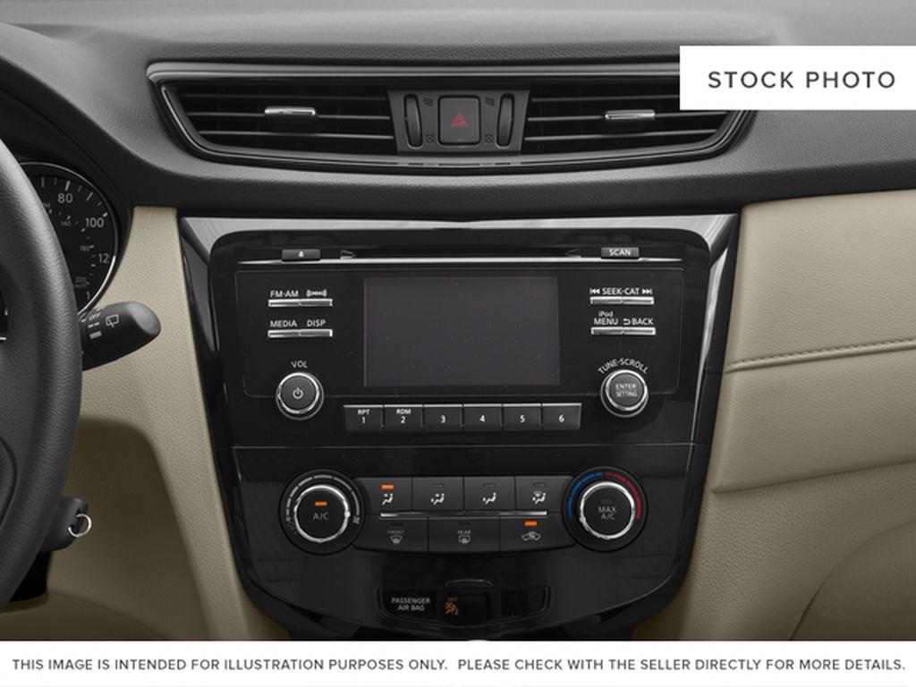 White[Glacier White] 2017 Nissan Rogue Radio Controls Closeup Photo in Okotoks AB