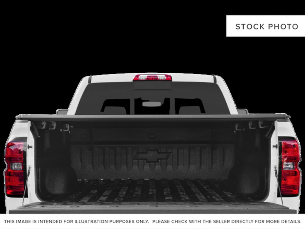 White[Iridescent Pearl Tricoat] 2018 Chevrolet Silverado 3500HD Trunk / Cargo Area Photo in Fort Macleod AB
