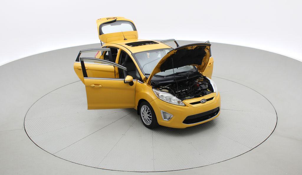 Yellow[Yellow Blaze Metallic Tri-Coat] 2011 Ford Fiesta SES - Automatic, Leather, LOW PRICE, Sunroof Left Front Corner Photo in Winnipeg MB