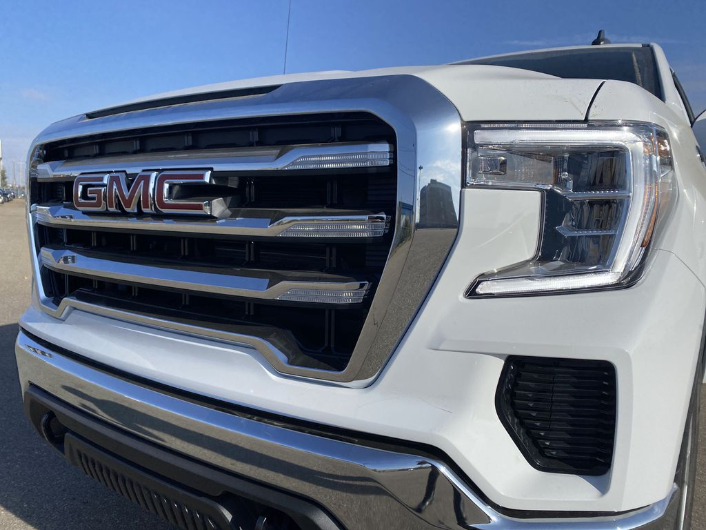 White[Summit White] 2021 GMC Sierra 1500 Left Front Head Light / Bumper and Grill in Edmonton AB
