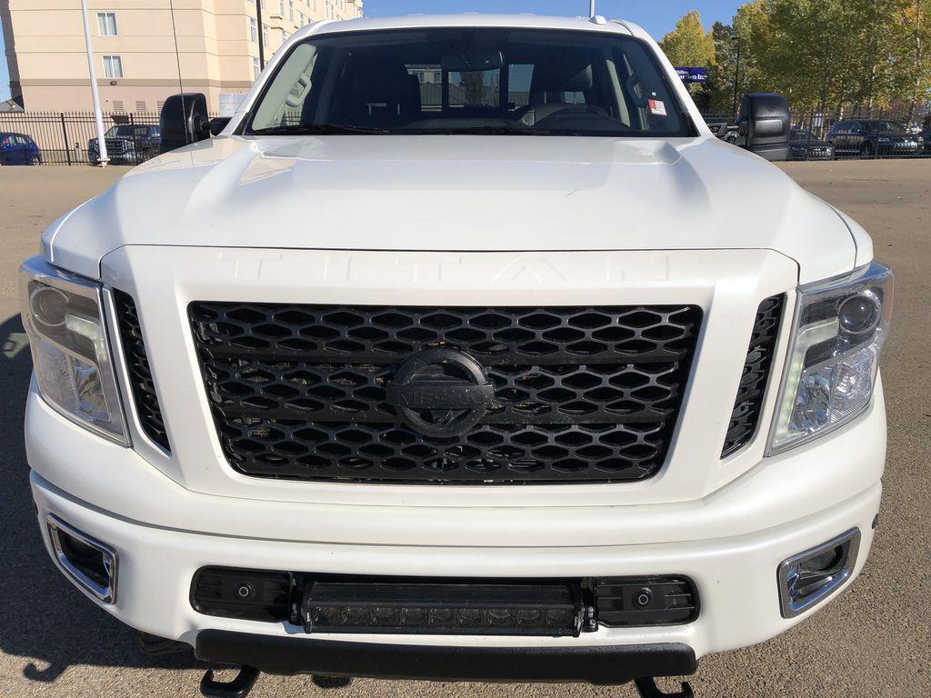 White[Glacier White] 2018 Nissan Titan XD Front Vehicle Photo in Edmonton AB