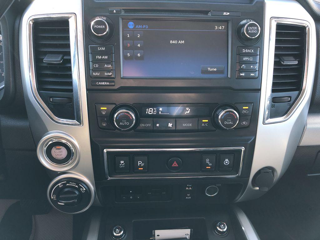 White[Glacier White] 2018 Nissan Titan XD Central Dash Options Photo in Edmonton AB