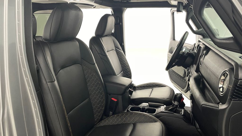 Silver[Billet Silver Metallic] 2021 Jeep Wrangler Unlimited High Altitude - RARE Gas/Electric Hybrid Right Side Front Seat  Photo in Winnipeg MB