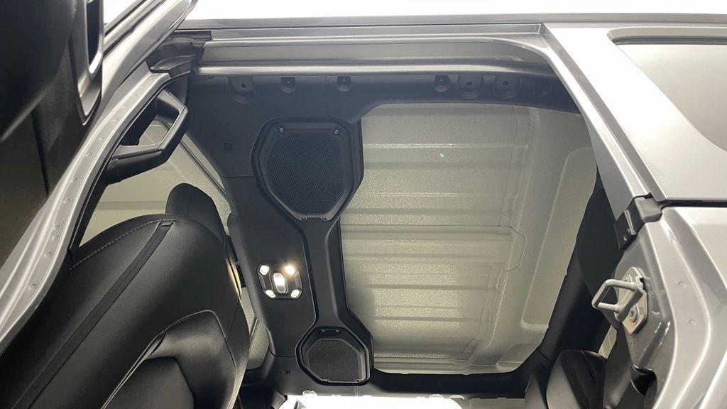 Silver[Billet Silver Metallic] 2021 Jeep Wrangler Unlimited High Altitude - RARE Gas/Electric Hybrid Headliner / Equipment Photo in Winnipeg MB
