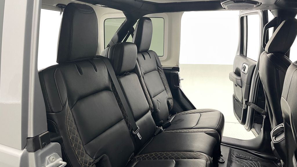 Silver[Billet Silver Metallic] 2021 Jeep Wrangler Unlimited High Altitude - RARE Gas/Electric Hybrid Right Side Rear Seat  Photo in Winnipeg MB