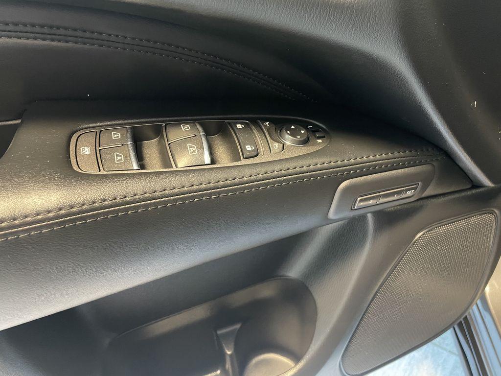 Gray 2015 INFINITI QX60 4DR AWD Fourth Row  Seat  Photo in Edmonton AB