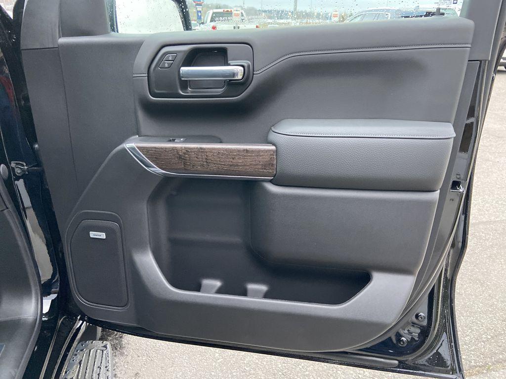 Black[Onyx Black] 2021 GMC Sierra 1500 Denali Right Front Interior Door Panel Photo in Calgary AB