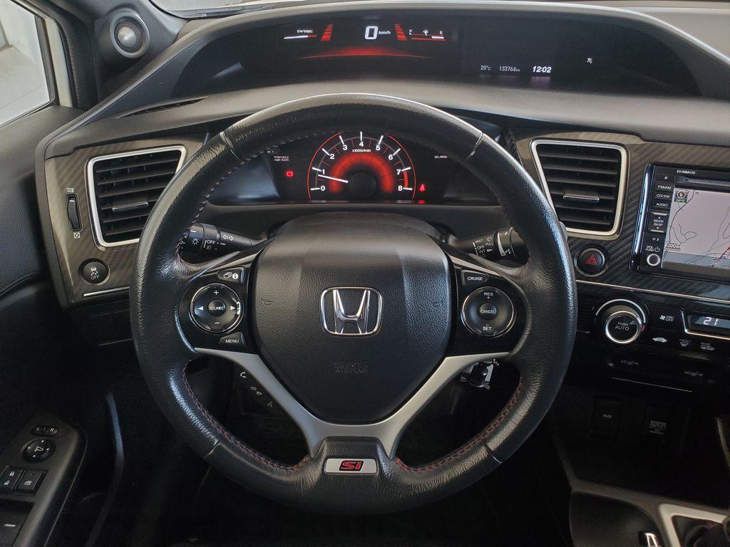 White[Taffeta White] 2013 Honda Civic SI Sedan Steering Wheel and Dash Photo in Kelowna BC