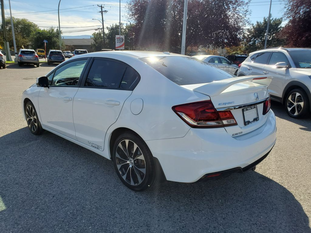 White[Taffeta White] 2013 Honda Civic SI Sedan Left Rear Corner Photo in Kelowna BC