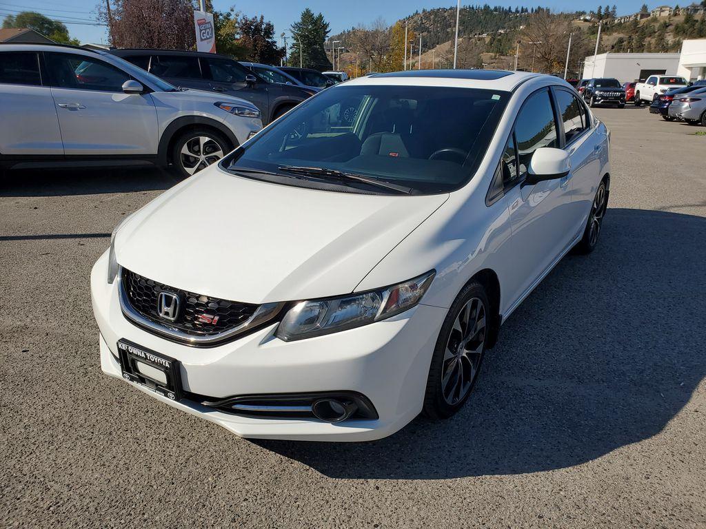 White[Taffeta White] 2013 Honda Civic SI Sedan Left Front Corner Photo in Kelowna BC