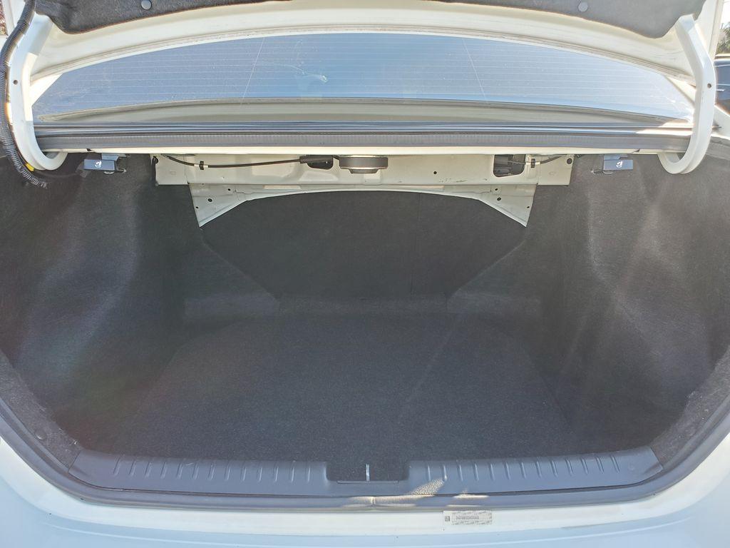 White[Taffeta White] 2013 Honda Civic SI Sedan Trunk / Cargo Area Photo in Kelowna BC