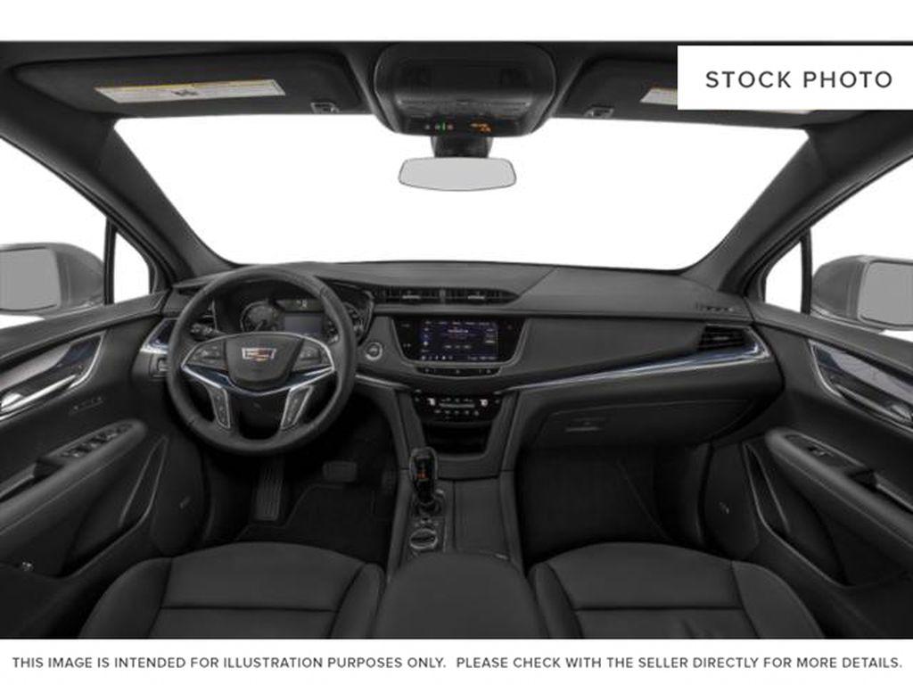 Black[Stellar Black Metallic] 2022 Cadillac XT5 Central Dash Options Photo in Edmonton AB
