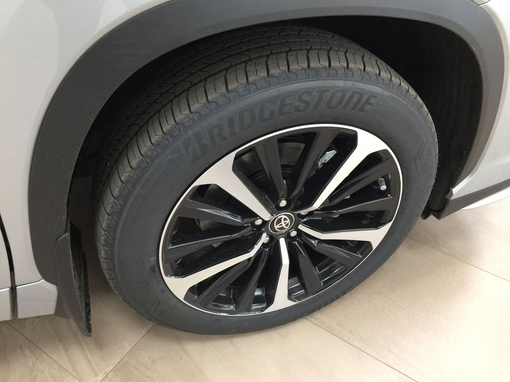 Silver[Celestial Silver Metallic] 2021 Toyota Highlander XSE Right Front Rim and Tire Photo in Sherwood Park AB