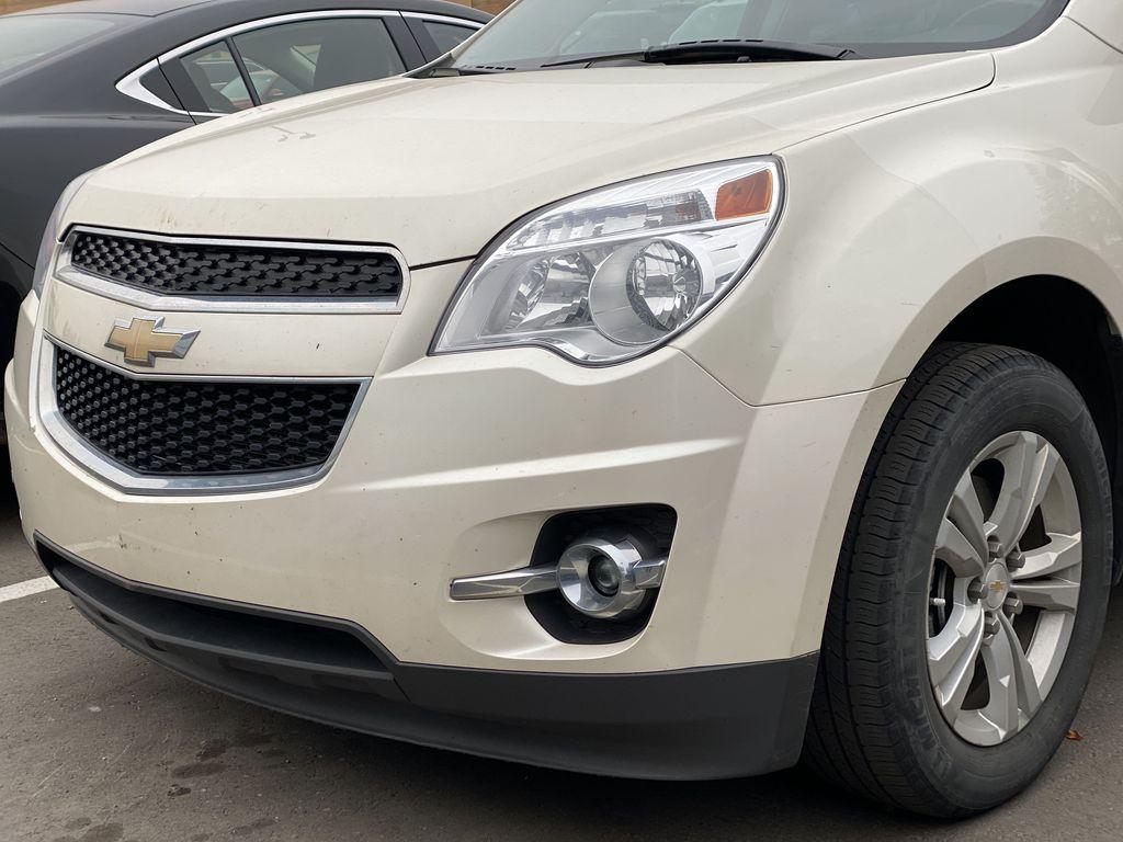 WHITE 2014 Chevrolet Equinox LT Left Front Corner Photo in Edmonton AB