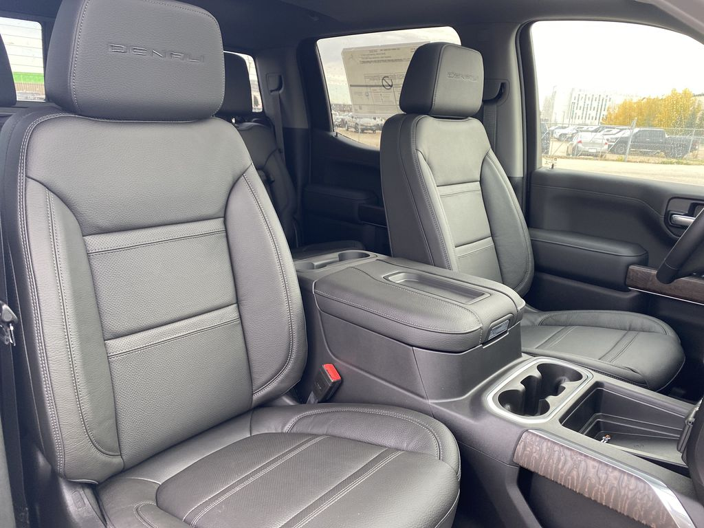 White[White Frost Tricoat] 2021 GMC Sierra 1500 Right Side Front Seat  Photo in Edmonton AB
