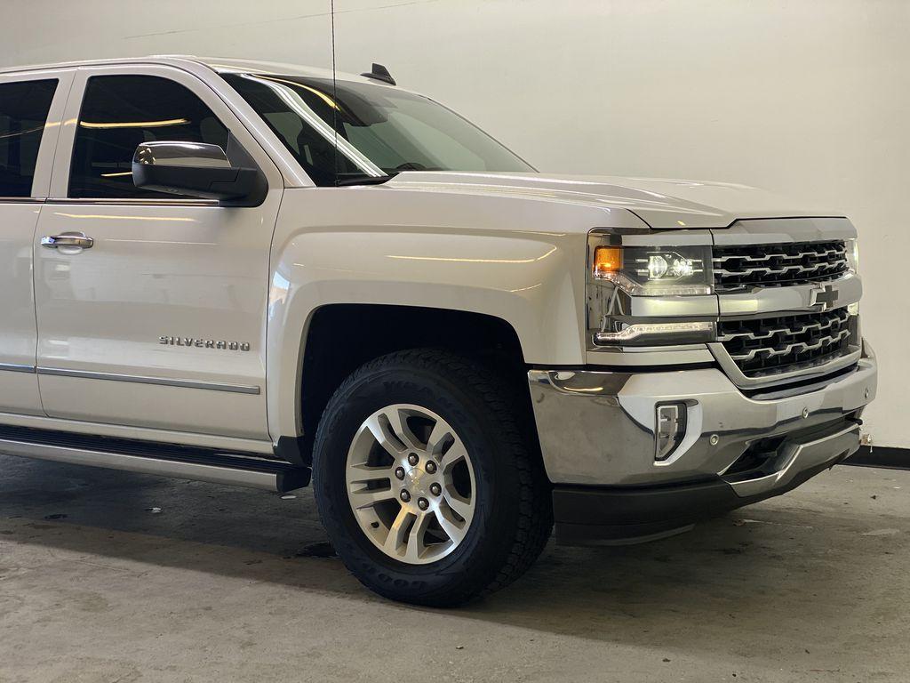 WHITE 2017 Chevrolet Silverado 1500 LTZ - Navigation, Apple CarPlay, Backup Camera Right Front Corner Photo in Edmonton AB