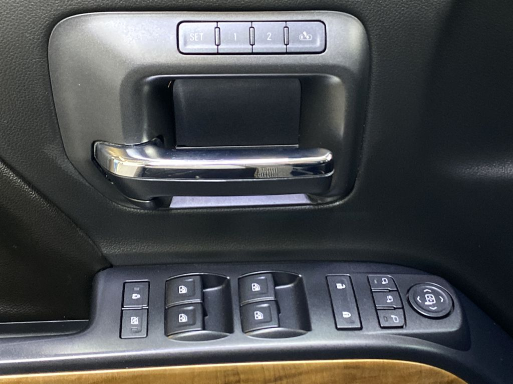 WHITE 2017 Chevrolet Silverado 1500 LTZ - Navigation, Apple CarPlay, Backup Camera  Driver's Side Door Controls Photo in Edmonton AB