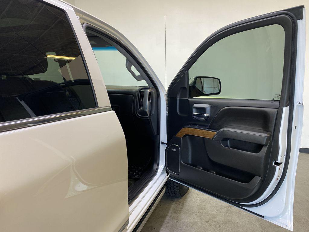 WHITE 2017 Chevrolet Silverado 1500 LTZ - Navigation, Apple CarPlay, Backup Camera Right Front Interior Door Panel Photo in Edmonton AB