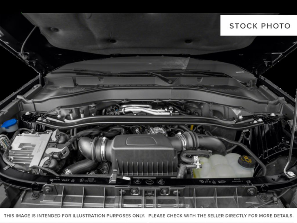 Green[Forged Green Metallic] 2022 Ford Explorer Engine Compartment Photo in Dartmouth NS