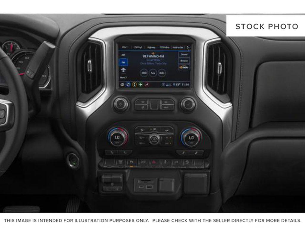 White[Iridescent Pearl Tricoat] 2020 Chevrolet Silverado 3500HD Radio Controls Closeup Photo in Fort Macleod AB