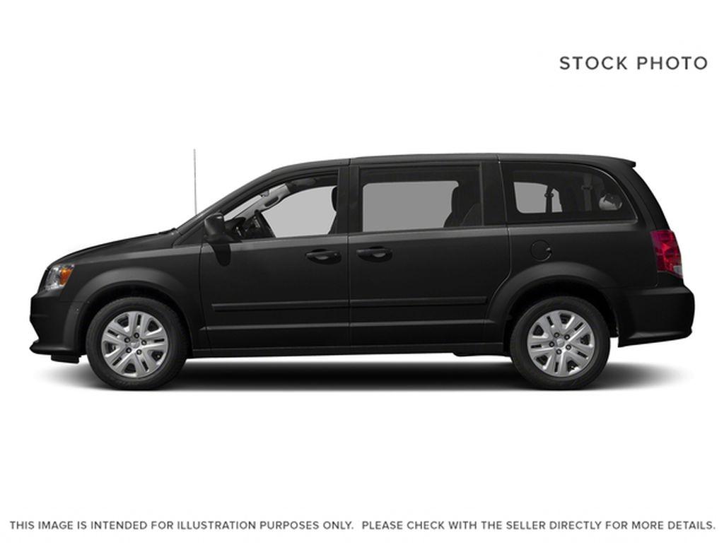 Black[Brilliant Black Crystal Pearl] 2018 Dodge Grand Caravan Left Side Photo in Fort Macleod AB