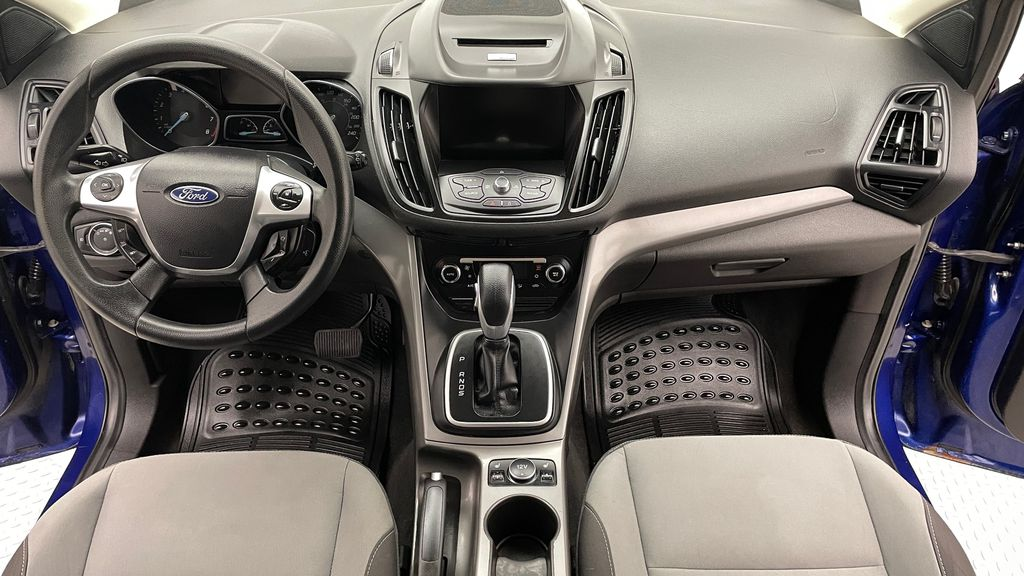 Blue[Deep Impact Blue] 2013 Ford Escape SE 4WD Central Dash Options Photo in Winnipeg MB