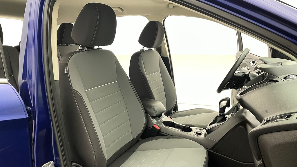 Blue[Deep Impact Blue] 2013 Ford Escape SE 4WD Right Side Front Seat  Photo in Winnipeg MB