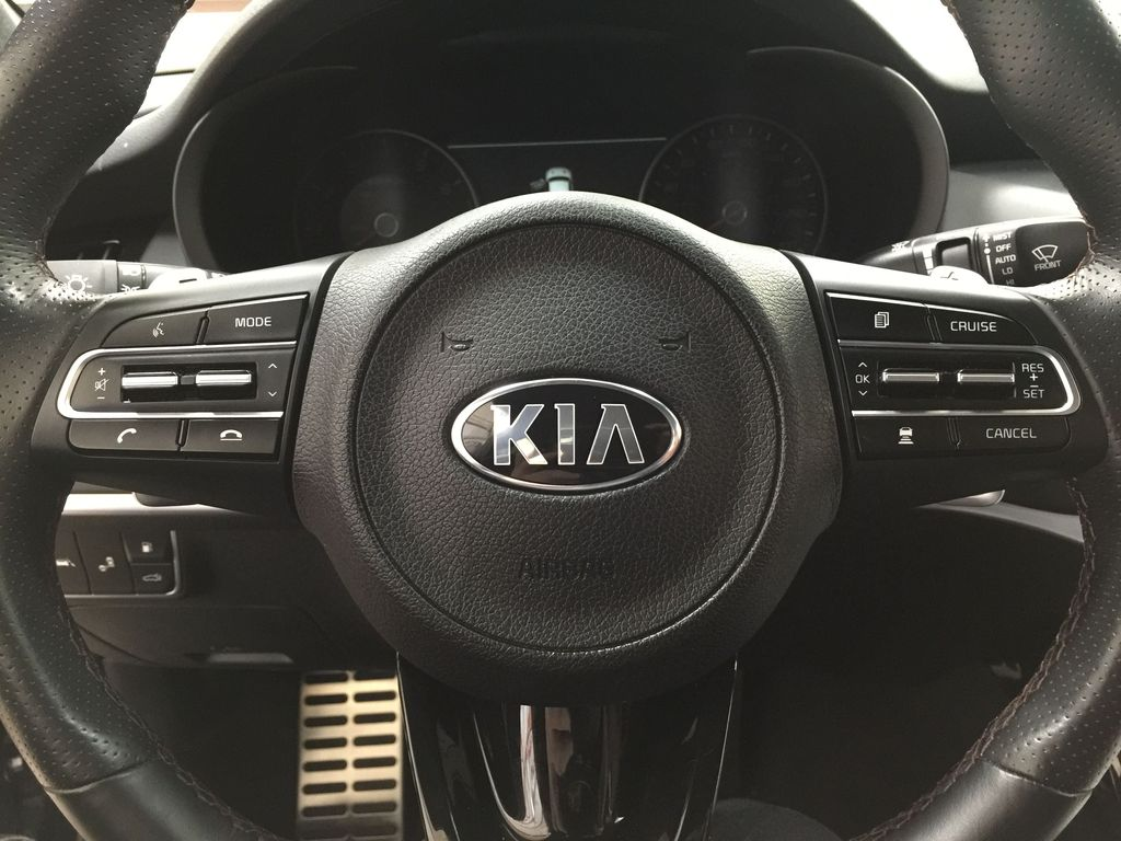 Black[Aurora Black] 2019 Kia Stinger GT2 / LEATHER ROOF Steering Wheel and Dash Photo in Sherwood Park AB