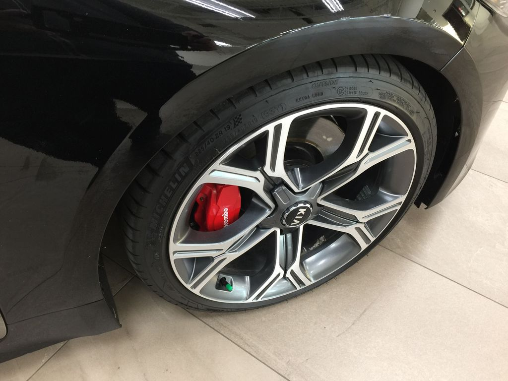 Black[Aurora Black] 2019 Kia Stinger GT2 / LEATHER ROOF Right Front Rim and Tire Photo in Sherwood Park AB