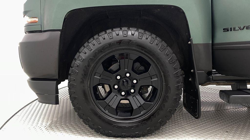 Green 2018 Chevrolet Silverado 1500 LT Z71 4WD - Custom Wrap, Crew, 5.3L Left Front Rim and Tire Photo in Winnipeg MB