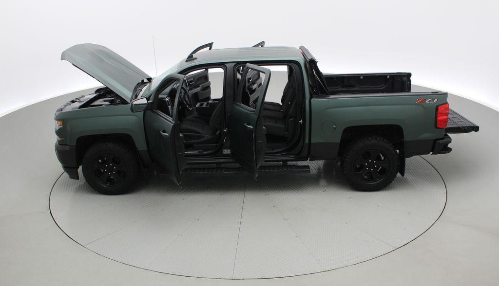 Green 2018 Chevrolet Silverado 1500 LT Z71 4WD - Custom Wrap, Crew, 5.3L Left Side Photo in Winnipeg MB
